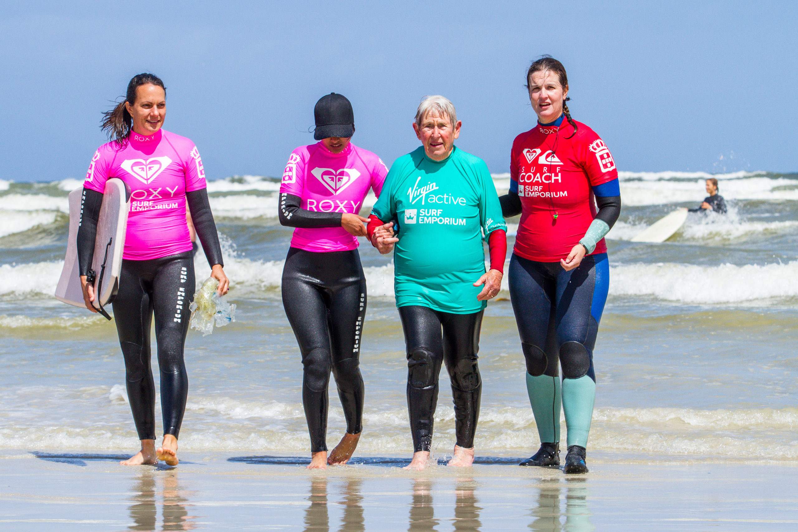 Become a surf therapy volunteer